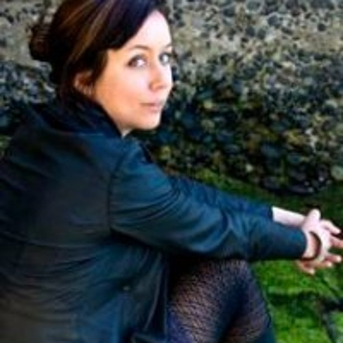 Miriama Young's avatar