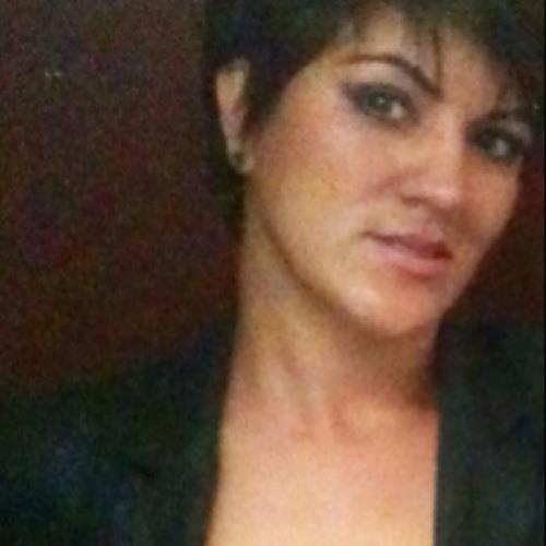DJ Abril Valadez's avatar