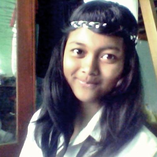 hasna dwi's avatar