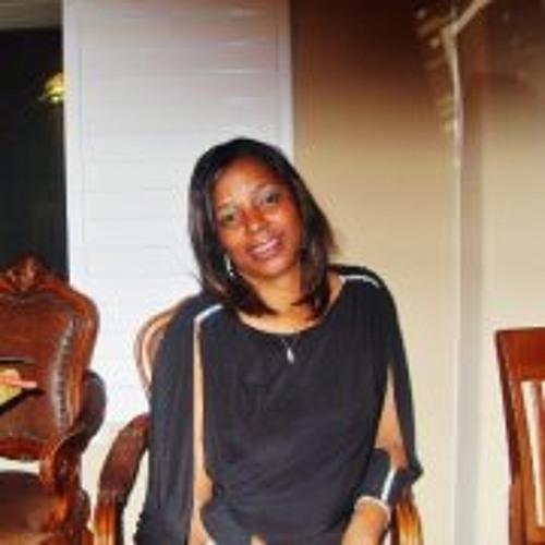Lisa Jewell 3's avatar