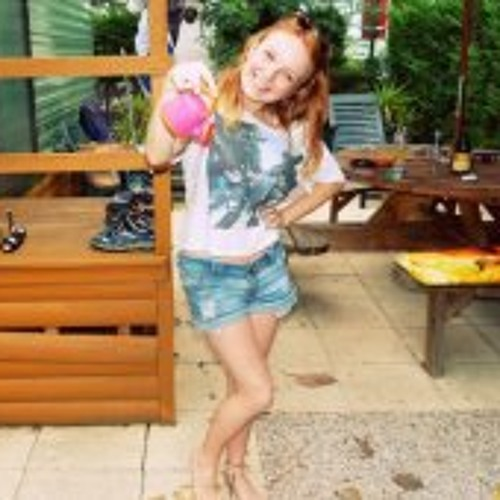 Shauna-may Crewes's avatar