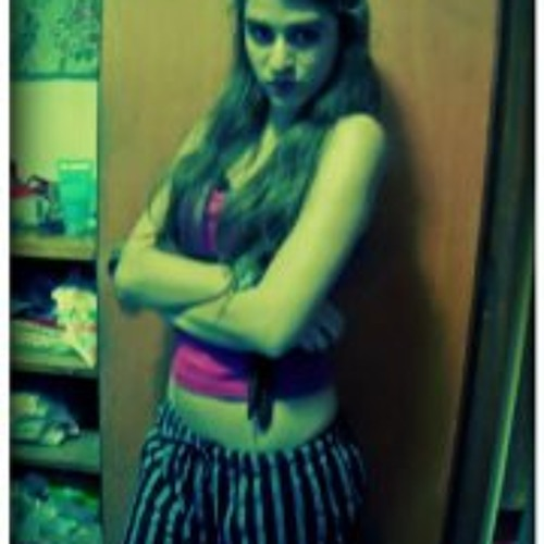 Alessandra Ampuero's avatar