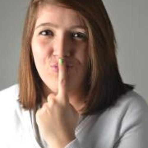 Iasmin Heck's avatar