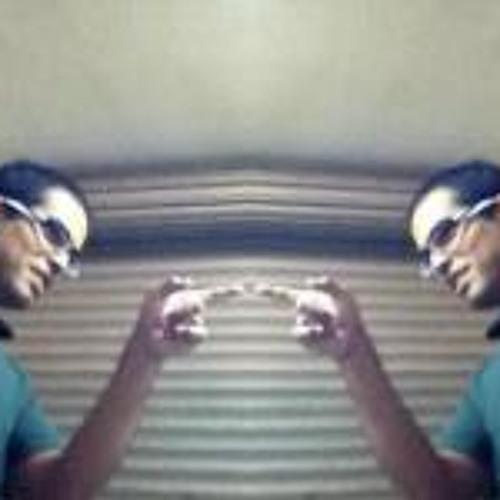 Luis Enrique Chàvez 5's avatar
