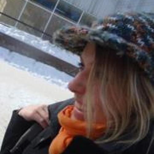 Tentser Alexandra's avatar