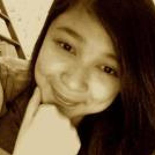 Justine Mangente's avatar