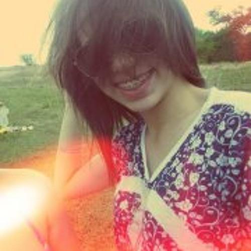 Mara Valéria's avatar