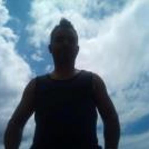 Alejandro Castro 33's avatar