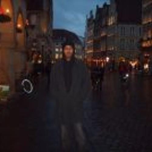 Ali Omar 11's avatar