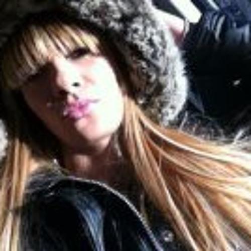 Marcela Neves 2's avatar