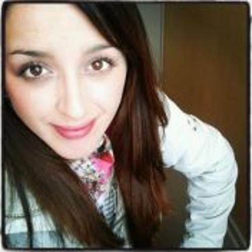 Macarena Pacheco T's avatar
