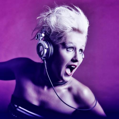 Miss Vogue's avatar