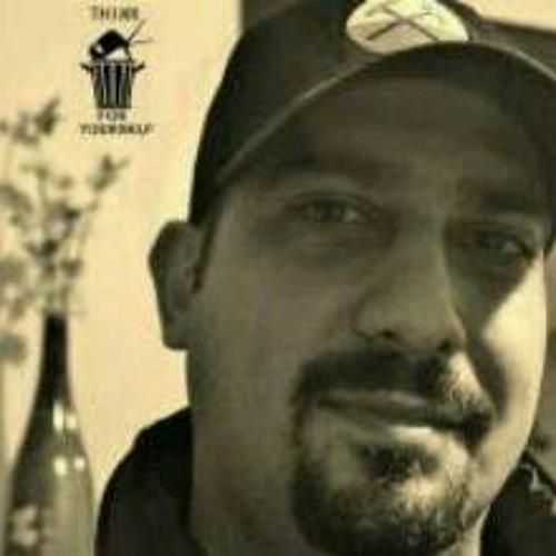 romyaz's avatar