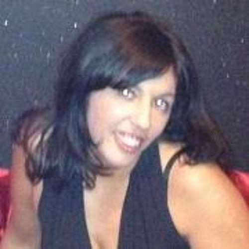 Latifa Vanloo's avatar