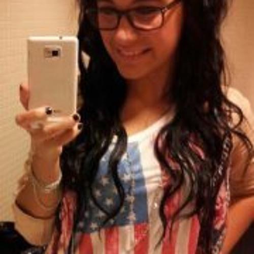 Joelle Lemayy's avatar