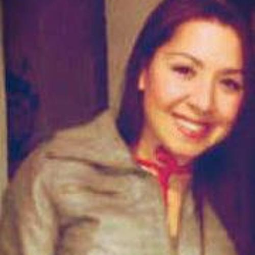 Vivǐana Montoya Fǐerro's avatar