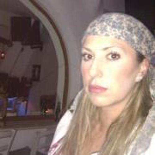 Olia Varnali's avatar