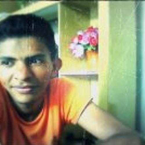 Fabio Oliveira 76's avatar