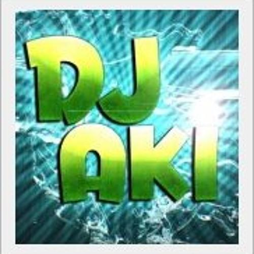DJAkiMixes2012's avatar