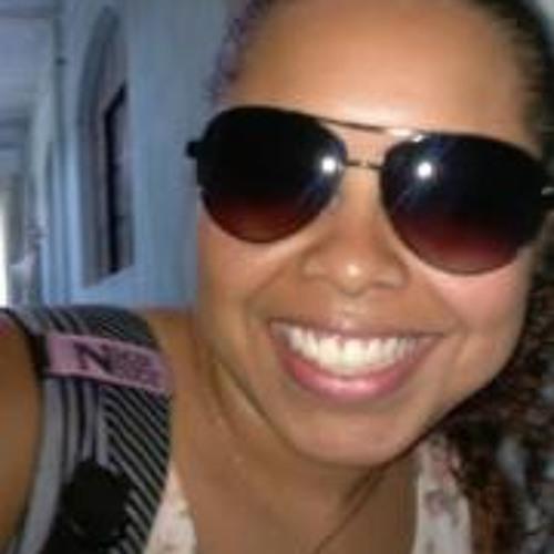Luana Ribeiro 10's avatar