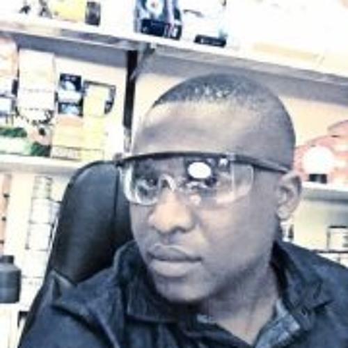 Hassan Kioze's avatar