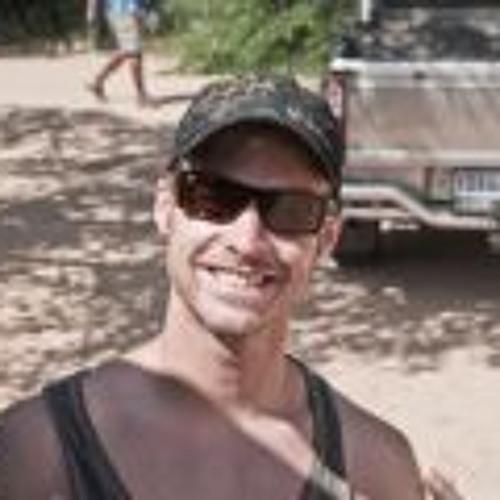 Ben Ni 11's avatar