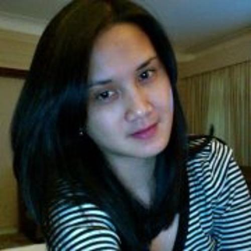 Nil Veronica C's avatar