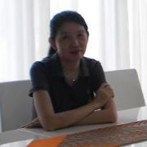 Estee Lin's avatar