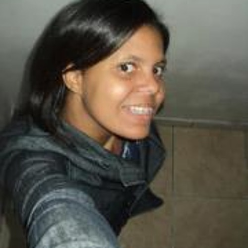 Adriene Silva's avatar