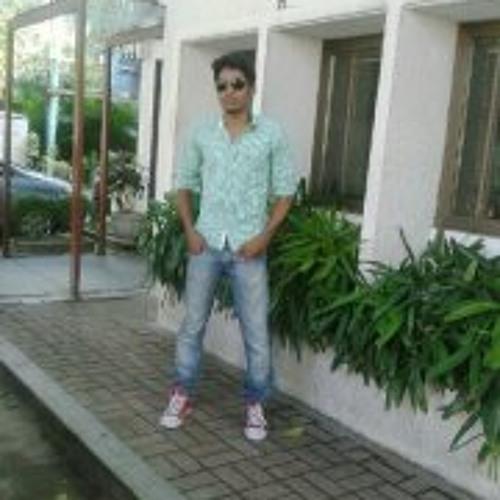 Jay Praveen 1's avatar