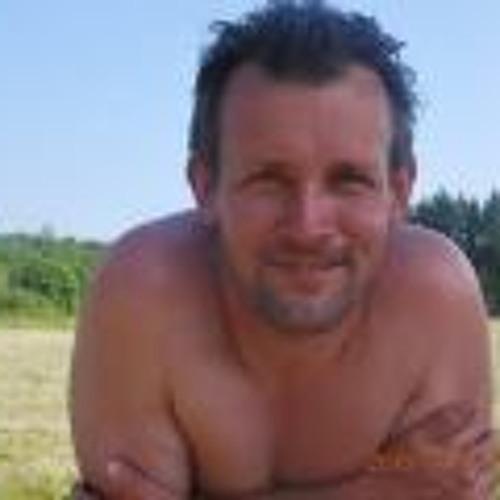 Patrik Olsson 4's avatar