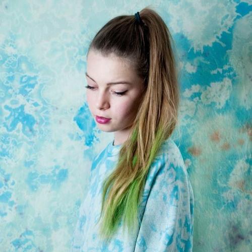 Natalie Lauraine's avatar