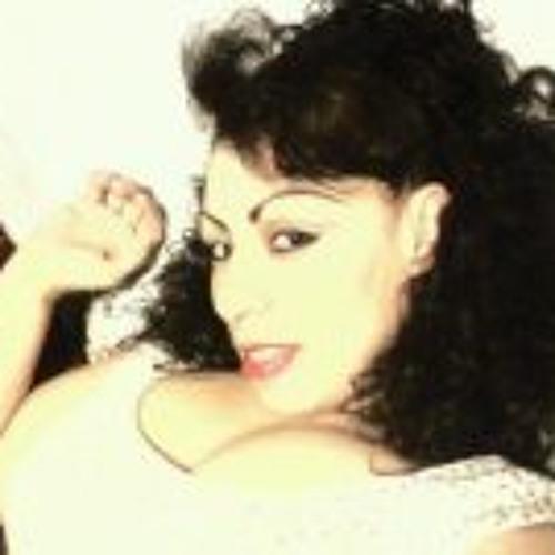 Rosemary Levario's avatar