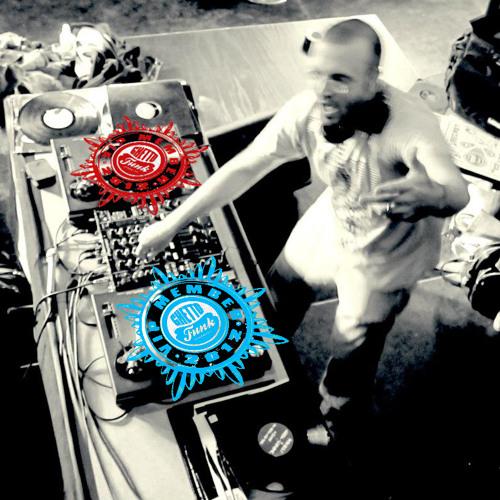 DJ E-1000's avatar