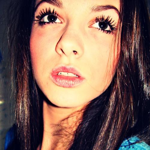 LuisaMcKennedy's avatar