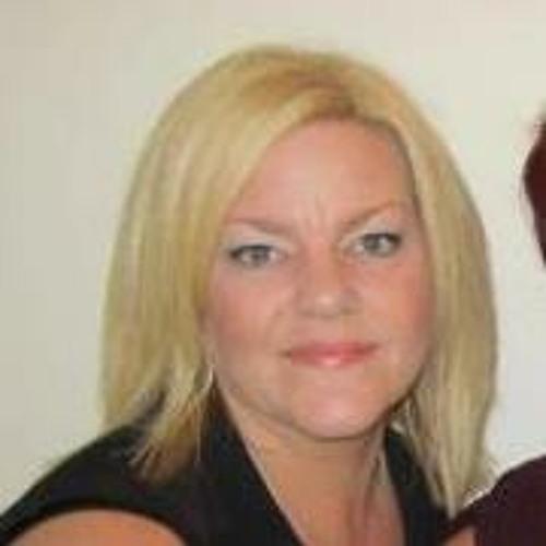 Suzanne York's avatar