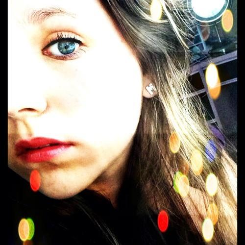 lovelylenaaa's avatar