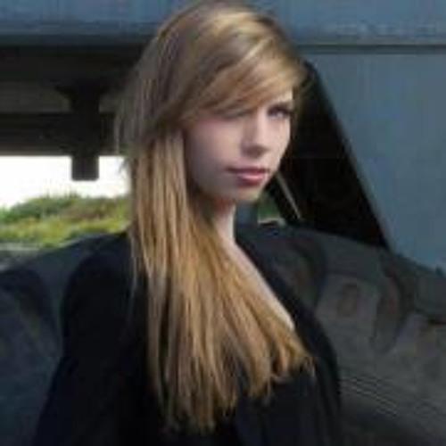 Sarah Dhenin's avatar