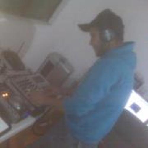 Césàr Velasco IDark's avatar