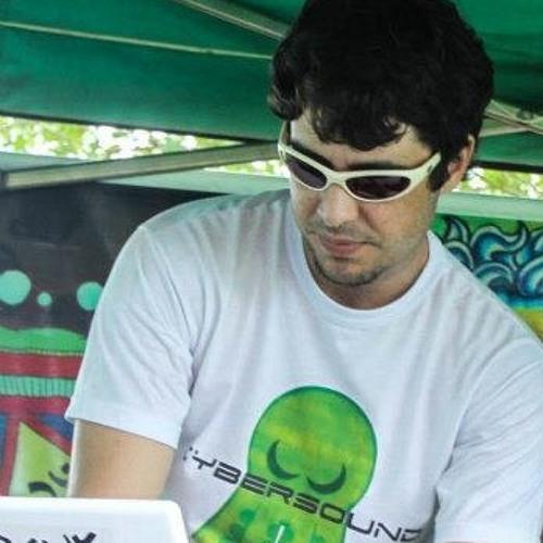 Rodrigo Rossi ®'s avatar