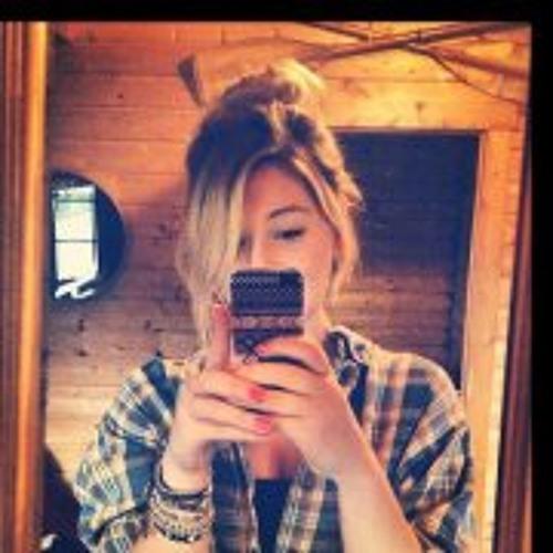 Rhian Nicholls-Snowball's avatar