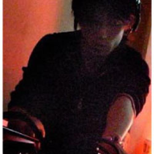 Yoshiaki Ito's avatar