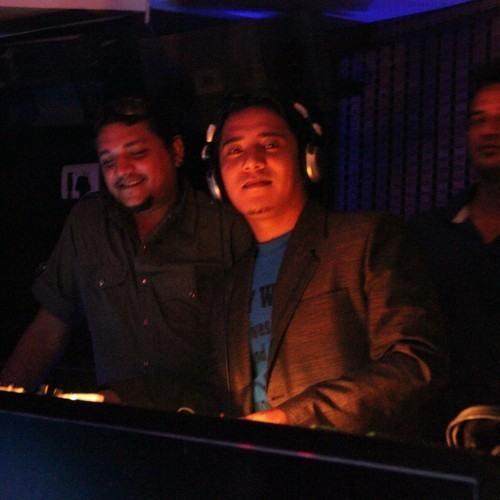 DJ SUNIL TAMANG's avatar