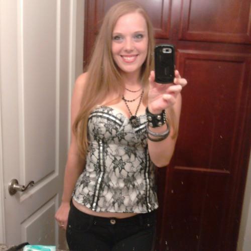 Beckie Leigh's avatar