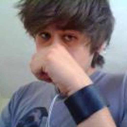 Raymundo Drew's avatar