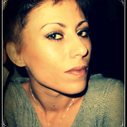 Yana Muscat's avatar