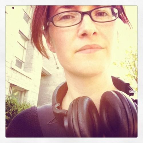 rachelannsanders's avatar