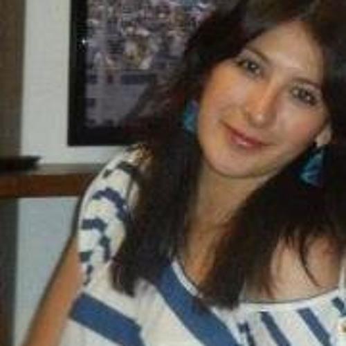 Romina Aguila Ponce's avatar