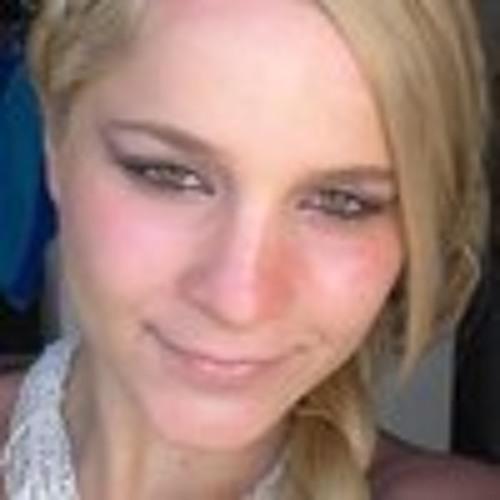 AlexandraGill's avatar