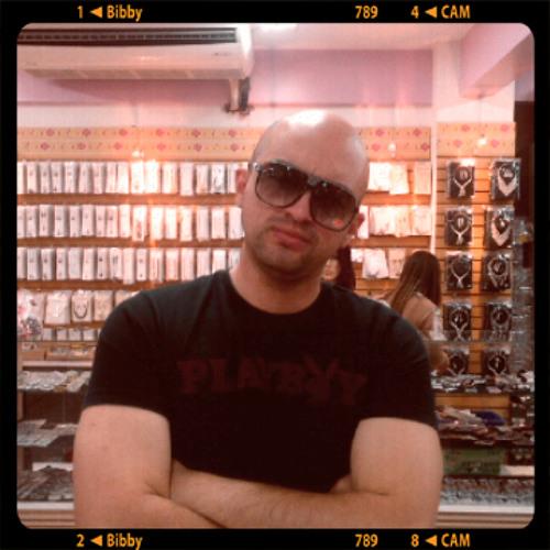Vic_Sanzz's avatar